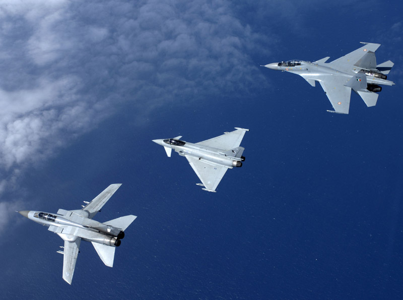 AIR_Tornado-F3_Eurofighter_SU-30MKI_Top_lg