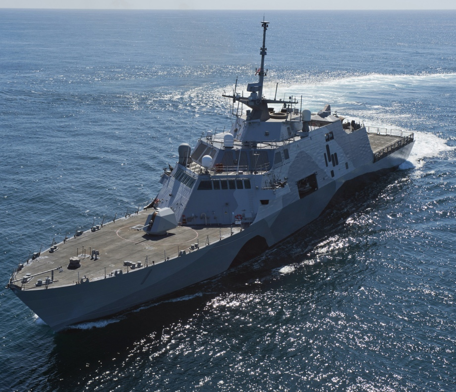 "USS LCS-1 ""Freedom"""